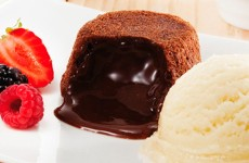 Petit-Gateau-Candy-Chocolate
